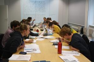 Gruppenfoto beim Arbeiten